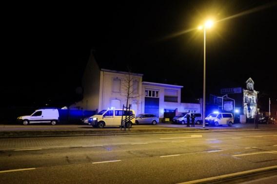 Politie valt binnen in clubhuizen Hells Angels