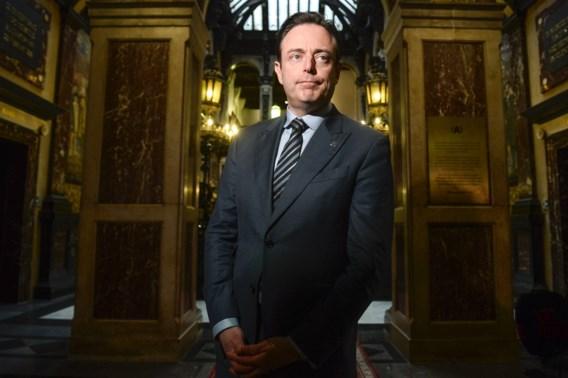 De Wever: 'De Romeinen waren niet zo naïef over vreemdelingen als wij'
