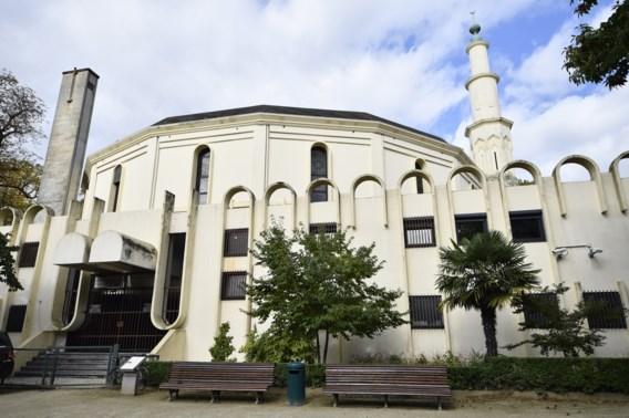 Regering zet Saudische concessie Grote Moskee stop