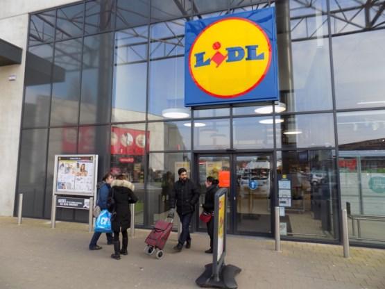 Lidl stopt met verkoop plastic zakken aan kassa