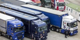 Slimme vrachtwagenzeilen tegen dieven en mensensmokkelaars