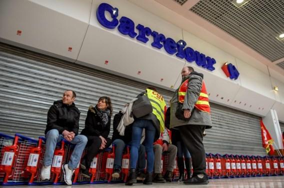 Tien Carrefour Hypermarkten geblokkeerd in actie tegen herstructurering