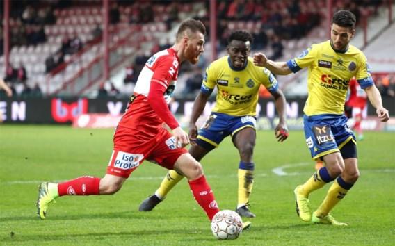 Overtuigend Kortrijk klopt Waasland-Beveren na zinderende match