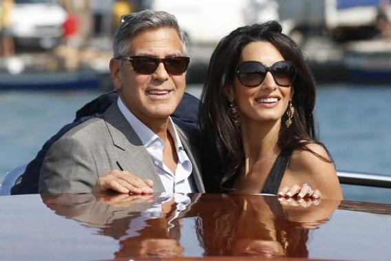 Vogue strikt Amal Clooney voor cover, George openhartig over aanzoek