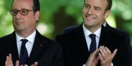 Oud-president François Hollande rekent in boek af met opvolger
