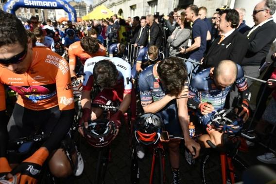 Ook pakkende minuut stilte in Maastricht voor Michael Goolaerts aan start Amstel Gold Race