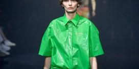 Balenciaga brengt 'vuilniszak'-shirt op de markt