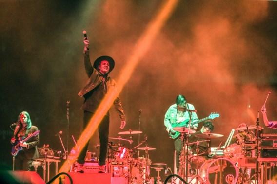 Een uppercut van Arcade Fire