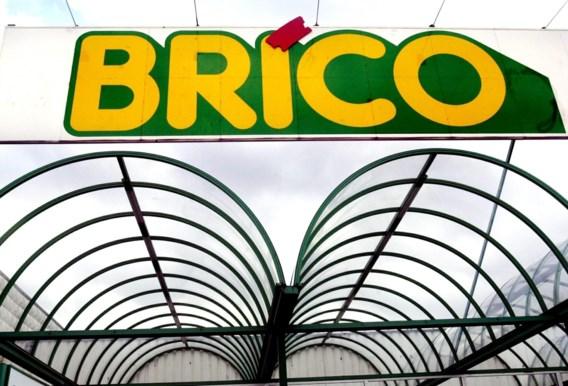 Spontane staking bij verschillende Brico-winkels