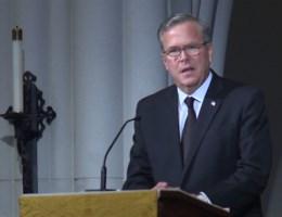 Jeb Bush lacht en huilt tijdens begrafenis Barbara Bush