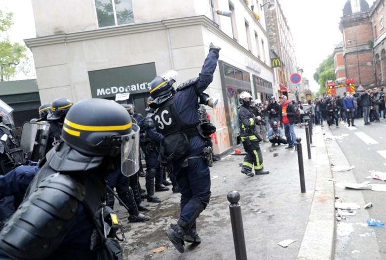 Gewelddadige incidenten ontsieren Parijse 1 mei-stoet
