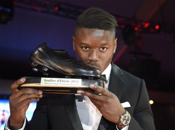 En nog een prijs voor een Club-speler: Ebbenhouten Schoen gaat naar Anthony Limbombe
