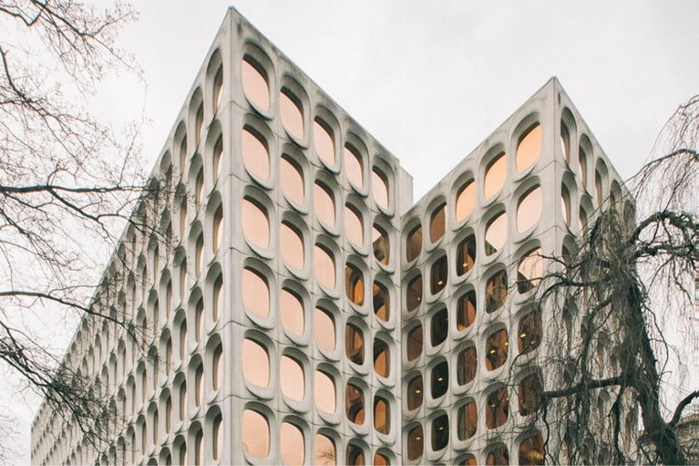 Fosbury & Sons strijkt neer in Brussel