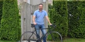 """Hans Martens (50) maakt politieke comeback na kanker: """"Het begon toch weer te kriebelen"""""""