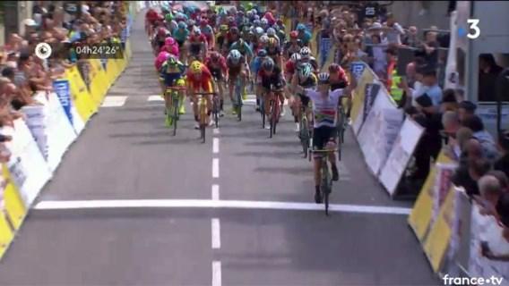 Zuid-Afrikaan wint de eerste rit in lijn in de Dauphiné, Dylan Teuns probeerde het tevergeefs met een late uitval