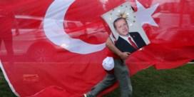 Erdogan lijkt alleen almachtig 'dankzij ultranationalisten