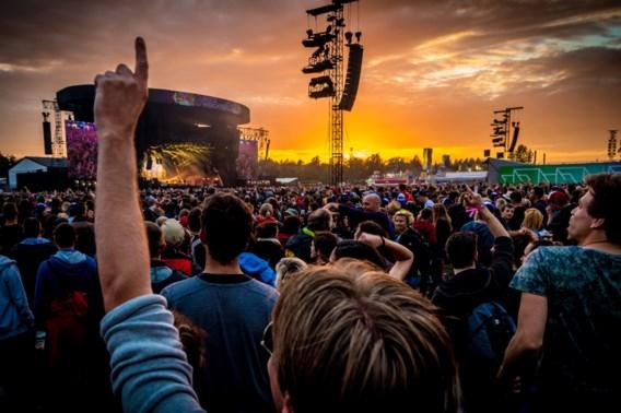 Datalek bij bedrijf achter festivaltickets: 'Hou je rekening in de gaten'