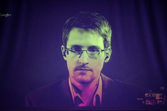 Snowden brengt zichzelf in lastig parket