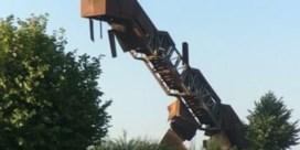 Vlooybergtoren, bekend van 'Callboys', vernield door vandalen