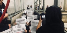 Dierenactivisten dringen slachthuis Tielt binnen