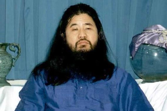 Sekteleider geëxecuteerd die achter aanslag zat met sarin in metro van Tokio