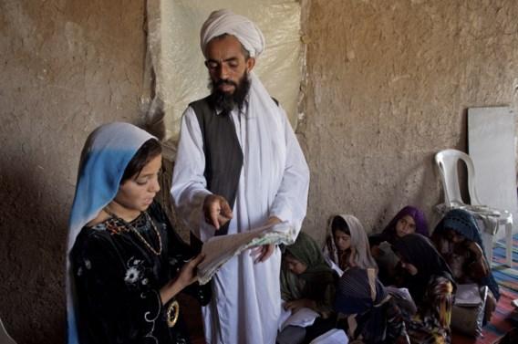 Meer dan 100 Afghaanse scholen gesloten na dreigementen taliban