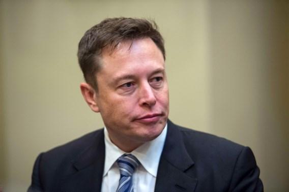 Elon Musk scheldt duiker Thaise grot uit voor pedofiel