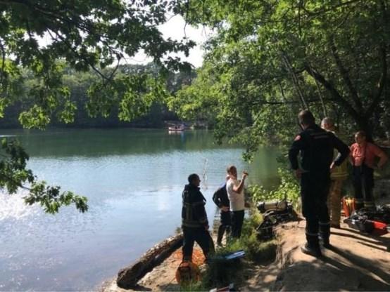 Man vermist na duik in plas naast E19 in Brasschaat