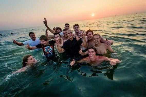 Milow krijgt boete na frisse duik met fans