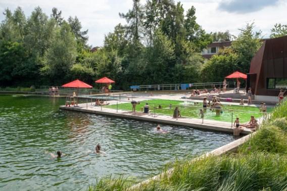Politie betrapt nachtelijke zwemmers in Antwerpse Boekenbergpark