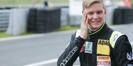 Mick Schumacher pakt eerste F3-zege in Spa en treedt in voetsporen van papa Michael