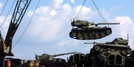 Libanon plaatst oude tanks op zeebodem
