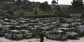 Tsipras onder vuur na felle brand