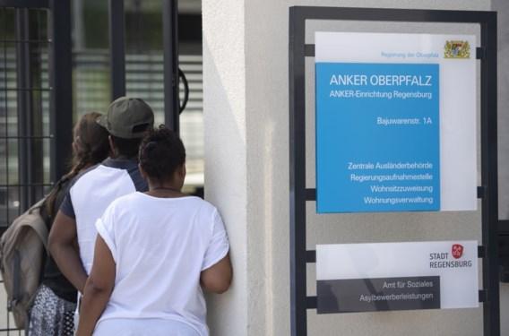 Eerste omstreden transitcentra geopend in Beieren