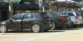 VIDEO. Parkeerplaatsen voor auto's of terrassen voor cafés? Marktplein Hamont wordt inzet van verkiezingen