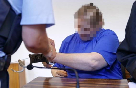 Jarenlange celstraf voor Duits koppel dat zoon aan pedofielen verkocht op Darknet