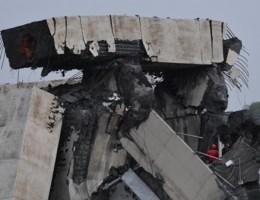 Snelwegbrug ingestort nabij Genua: dodental loopt op naar 35