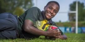 Césaire (15) mag rugby spelen in Engeland