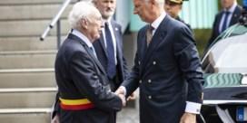 Koning betuigt steun met bezoek aan politie Spa