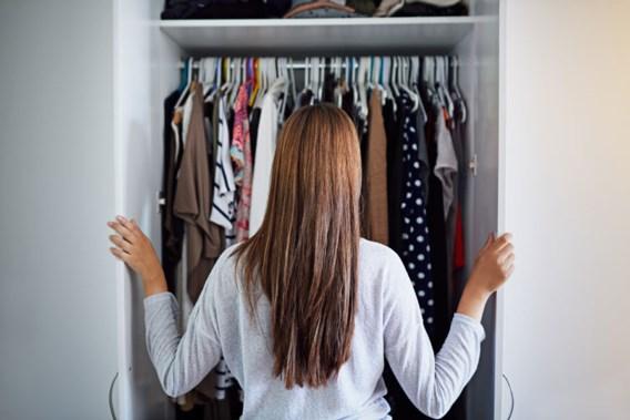 Uw kast hangt vol kleren die u nooit draagt