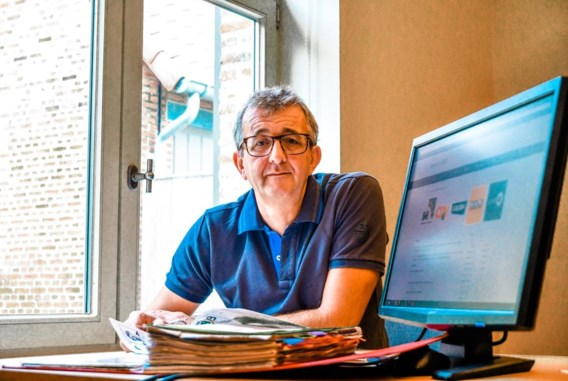 Voormalig zaakvoerder Bonheidense schoenenzaak maakt eigen verkiezingswebsite
