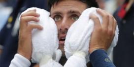 """US OPEN. Djokovic ziek van de hitte, Federer wint vlot hoewel """"pensioen dichterbij komt"""""""