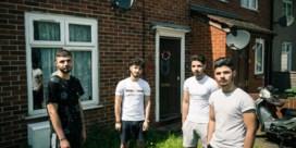 Elke dag riskeren migranten in Zeebrugge hun leven: vier broers getuigen over de oversteek