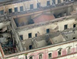 Nationaal Museum Brazilië bijna volledig afgebrand: 'Brazilië is collectief geheugen kwijt'
