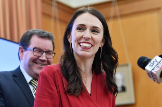 Nieuw-Zeelandse premier onder vuur na extra vlucht