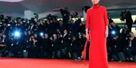 Van vurig rood tot poederroze: de mooiste jurken in Venetië