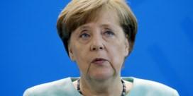 Merkel: 'Klopjacht in Chemnitz' Veiligheidschef: 'Geen klopjacht'