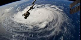 'Gevaarlijkste orkaan in dertig jaar' bedreigt Amerikaanse oostkust
