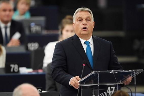 Orban: 'Europa veroordeelt Hongarije omdat het geen land van migranten zal worden'