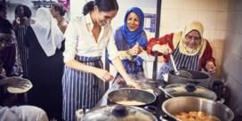 Meghan Markle werkt mee aan kookboek slachtoffers Grenfell
